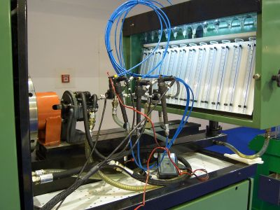 BANC DE TEST POUR ESSAYER SYSTEMES D'INJECTION COMMON RAIL