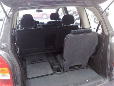 opel zafira 7 places 2002 dti 100 16v el gance clim 127 000 kms. Black Bedroom Furniture Sets. Home Design Ideas