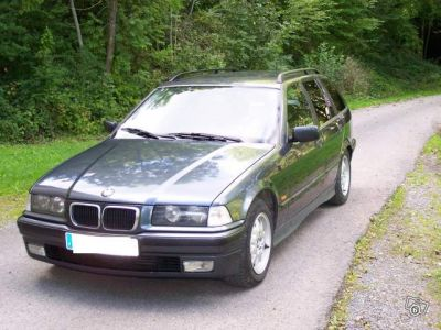 BMW 325tds touring cuir/185000km + factures, CT OK