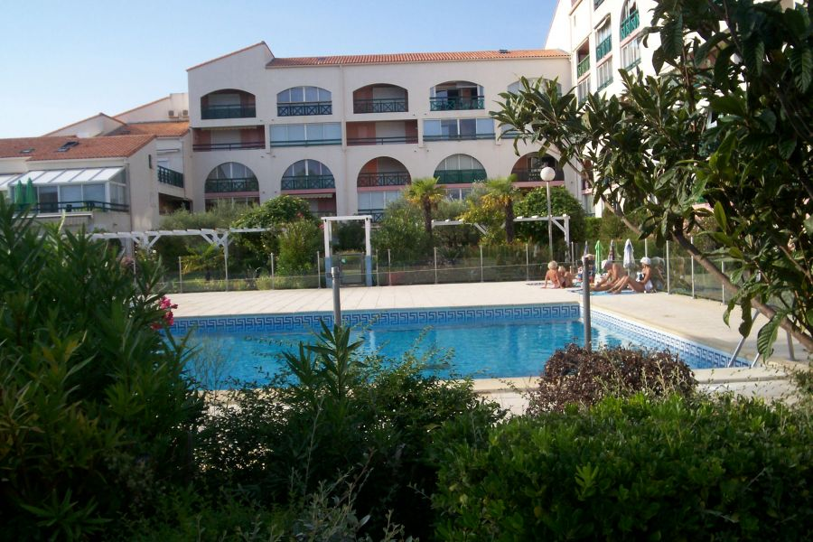 PORT CAMARGUE 30240 - Loue Appt 4 pers. PISCINE PARKING SEM. W.E.