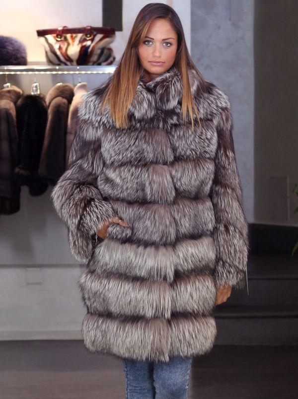 manteau de fourrure en renard argent 40 42. Black Bedroom Furniture Sets. Home Design Ideas
