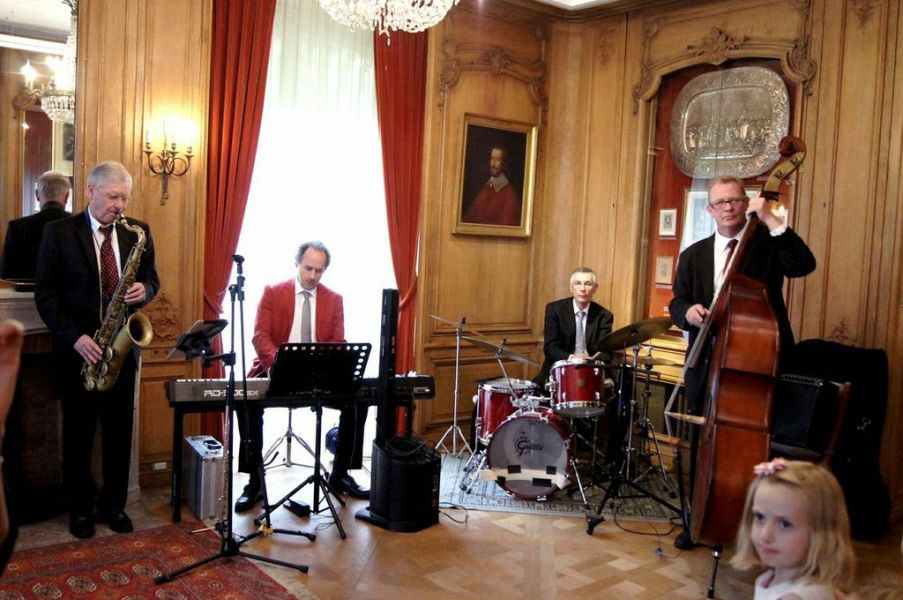 Groupe JAZZ GENEVE live band 079 569 21 92 aperitif diners soirees musique